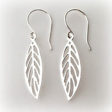 Load image into Gallery viewer, Sterling Silver Cutout Leaf Earrings -- EF0074