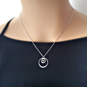 Sterling Silver Triple Circle Necklace -- EF0120