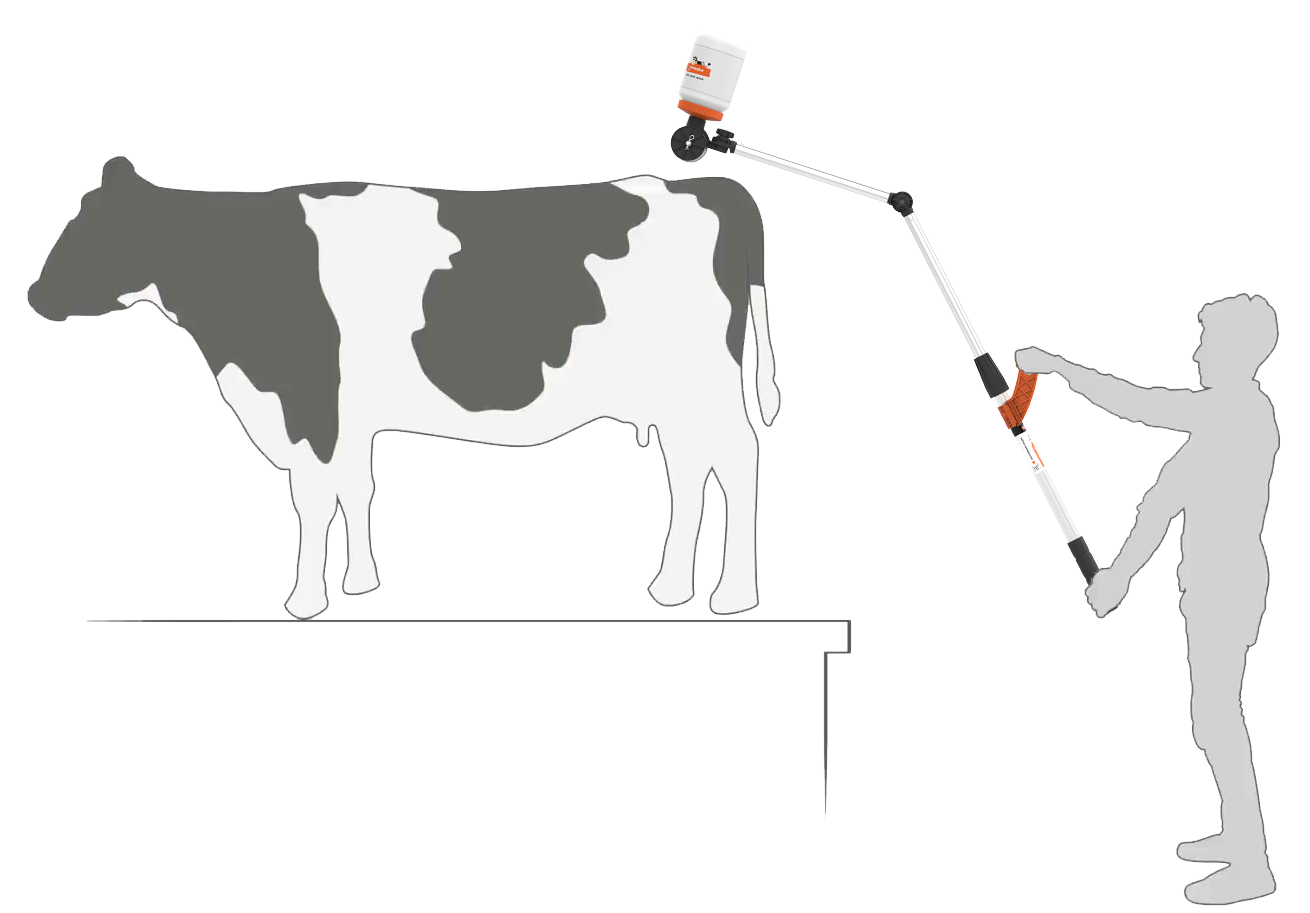 silhouette of a farmer using the Tailpainter in the parlour mode
