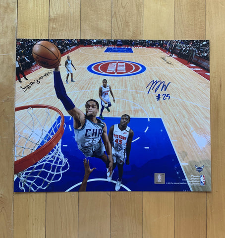 PJ WASHINGTON - Signed Photo, signed in shop