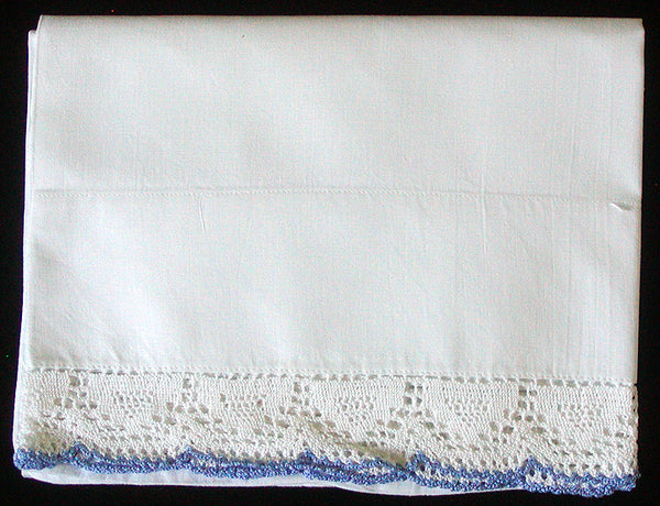 Single Vintage Pillowcase w Scalloped Blue and White Crochet Lace Trim