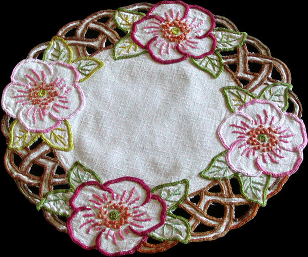 Embroidered Floral and Cutwork Vintage Linen Doily 12x13 Oval