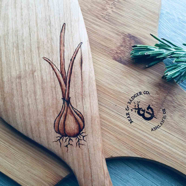 The Garlic | Vegetables Collection | Hand Burned Wooden Artwork