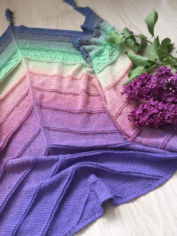 Beautiful shawl knitted from one ball of yarn Whirl