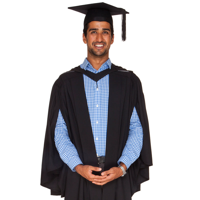 Victoria University Bachelor Graduation Set
