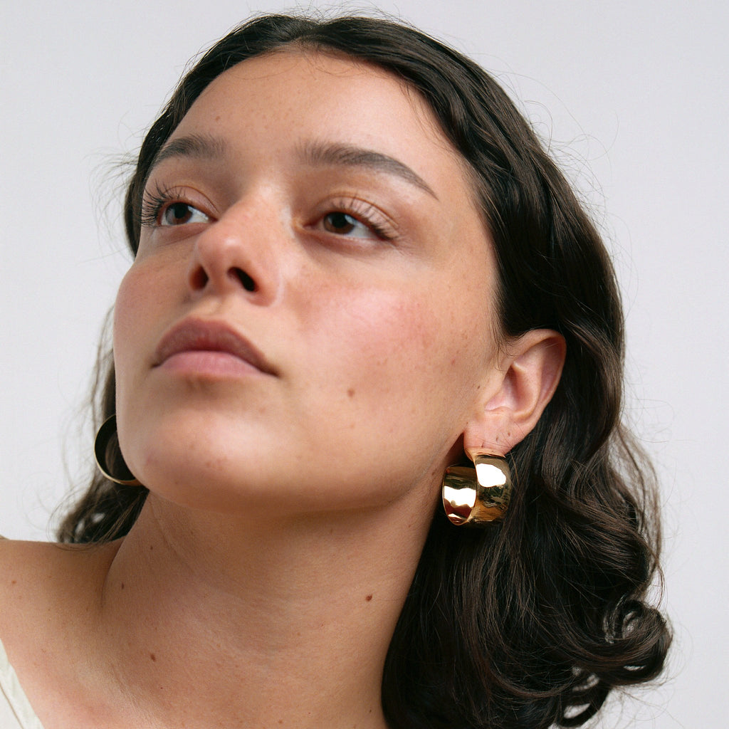 Diaz Large Hoops // Brass - Raven + Lily