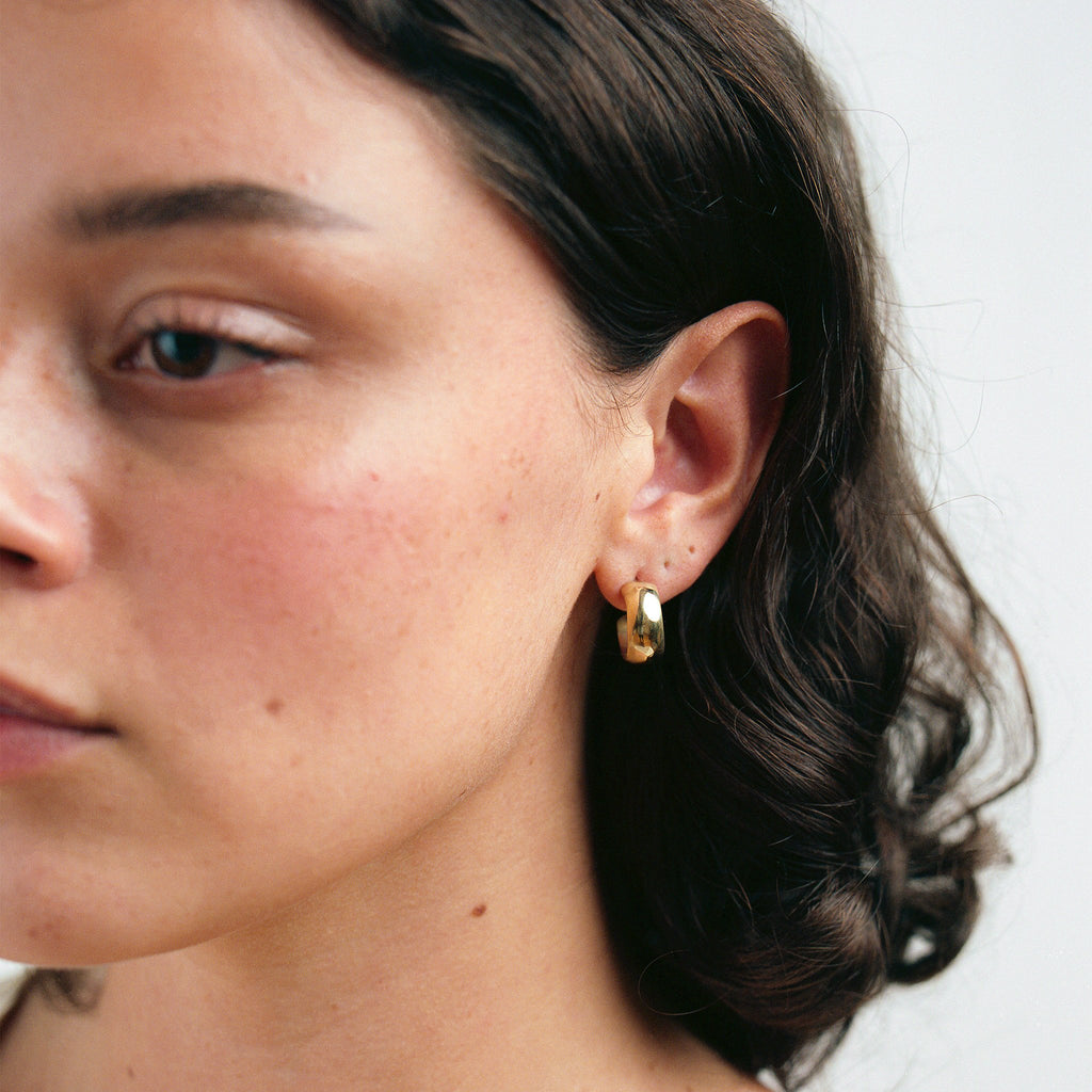 Diaz Small Hoops // Brass - Raven + Lily