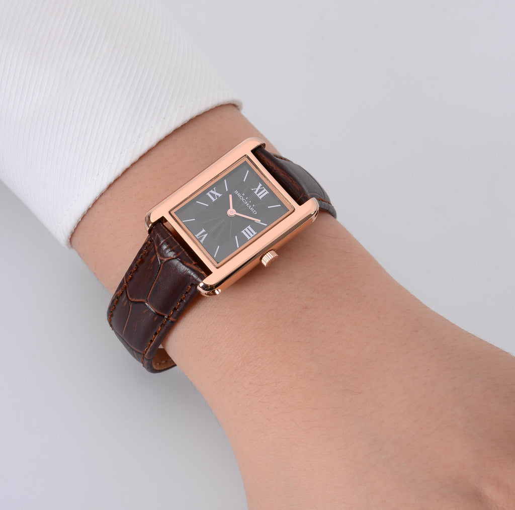 CLASSIQUE ROSE GOLD WITH TENTANT STRAP