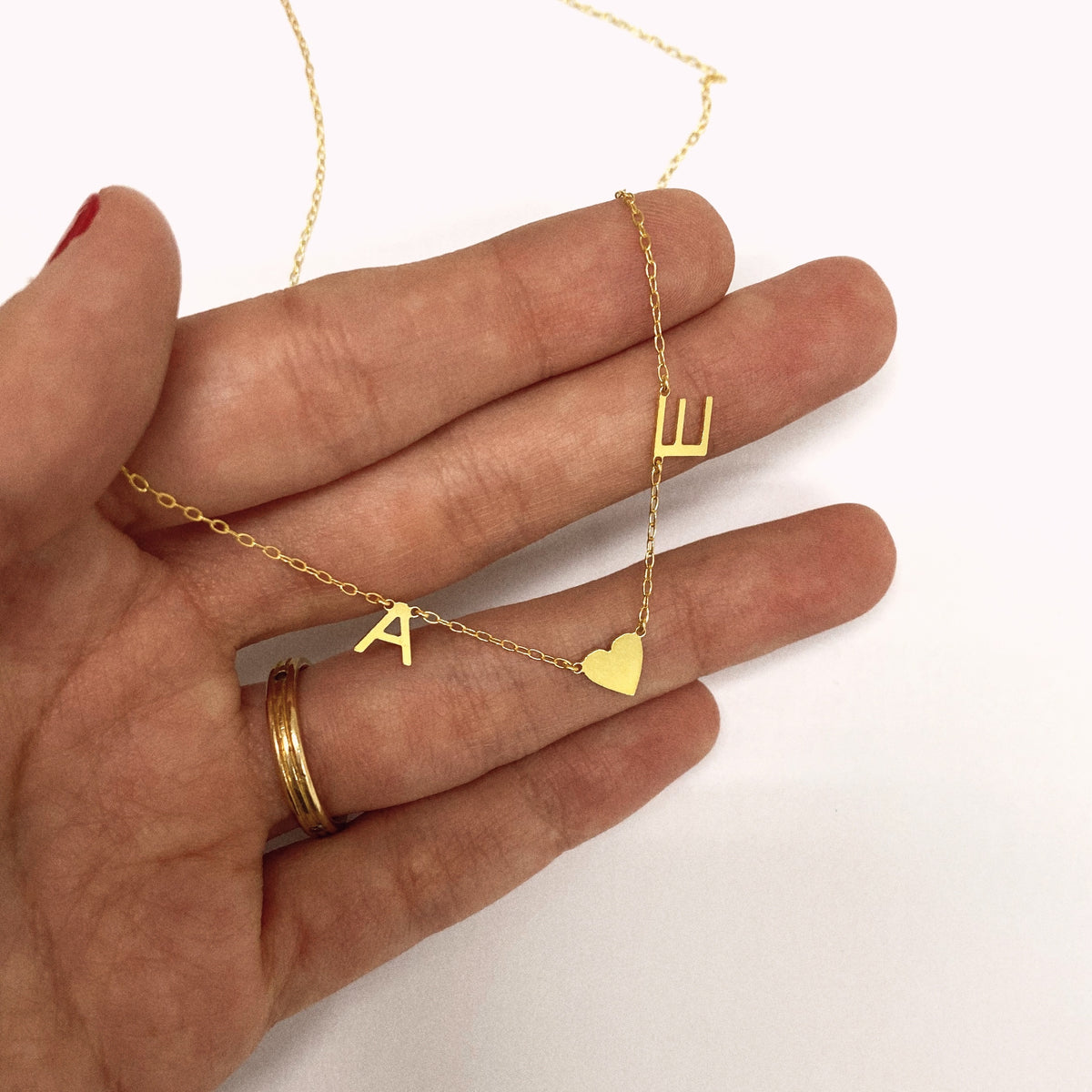 Oui Love Necklace - Solid Gold