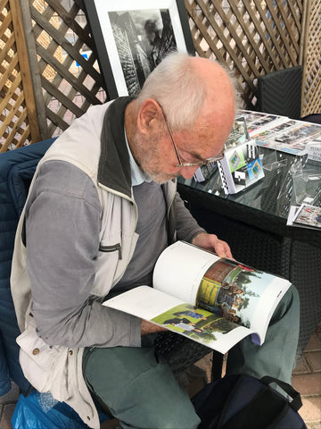 International water colour artist, Martyn Hanks, takes time out to read Chris Porsz's Reunions book