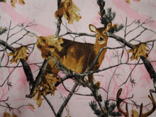 Load image into Gallery viewer, REALTREE PINK DOE CAMOFLAUGE