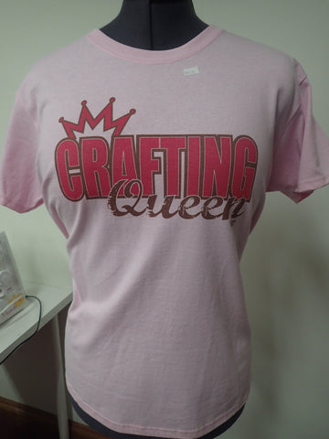 CRAFTING QUEEN TEE