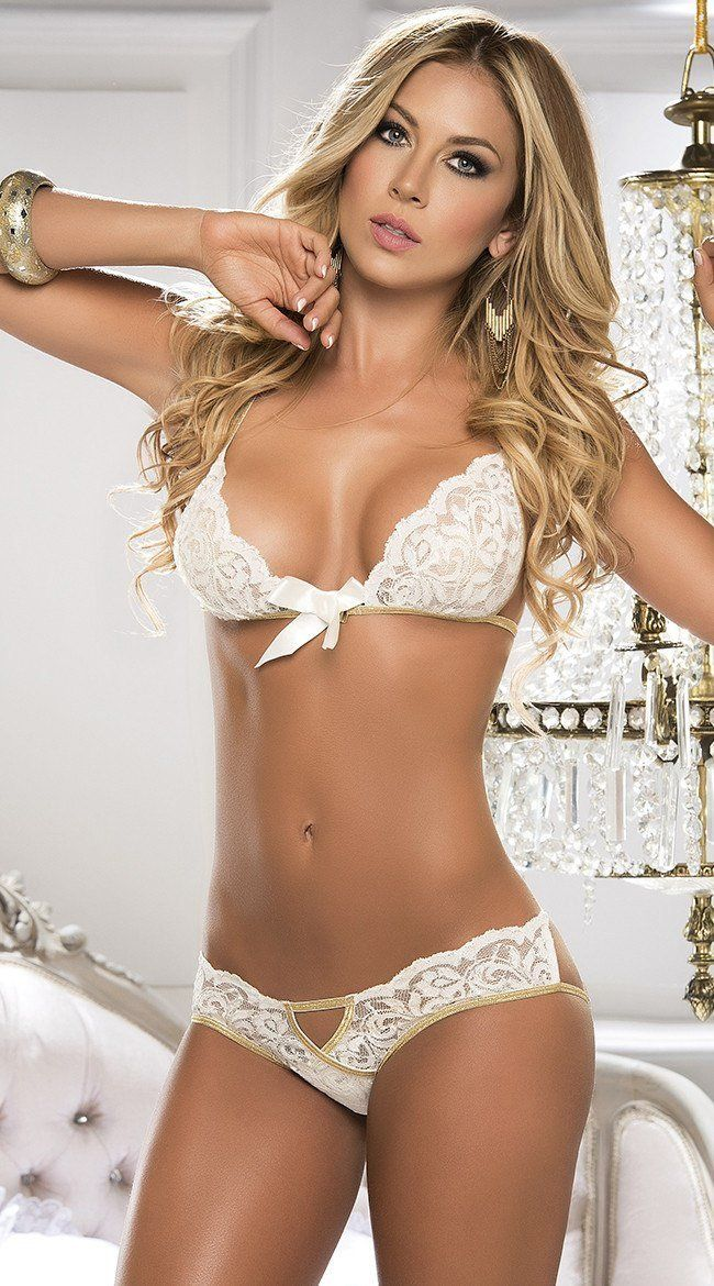 Lace Bra and Panty with Gold Trim - PIRATA COUTURE