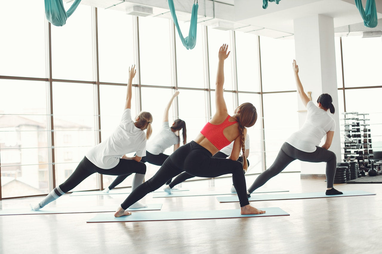 group workout stretching