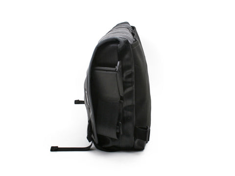 Pike Messenger Bag  - charcoal