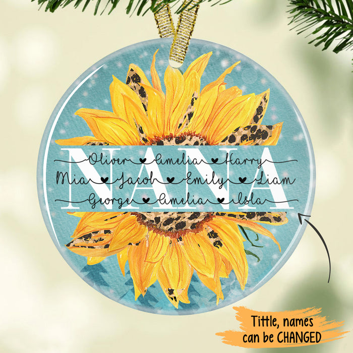 Grandma Personalized names Circle Ornament ONGM001