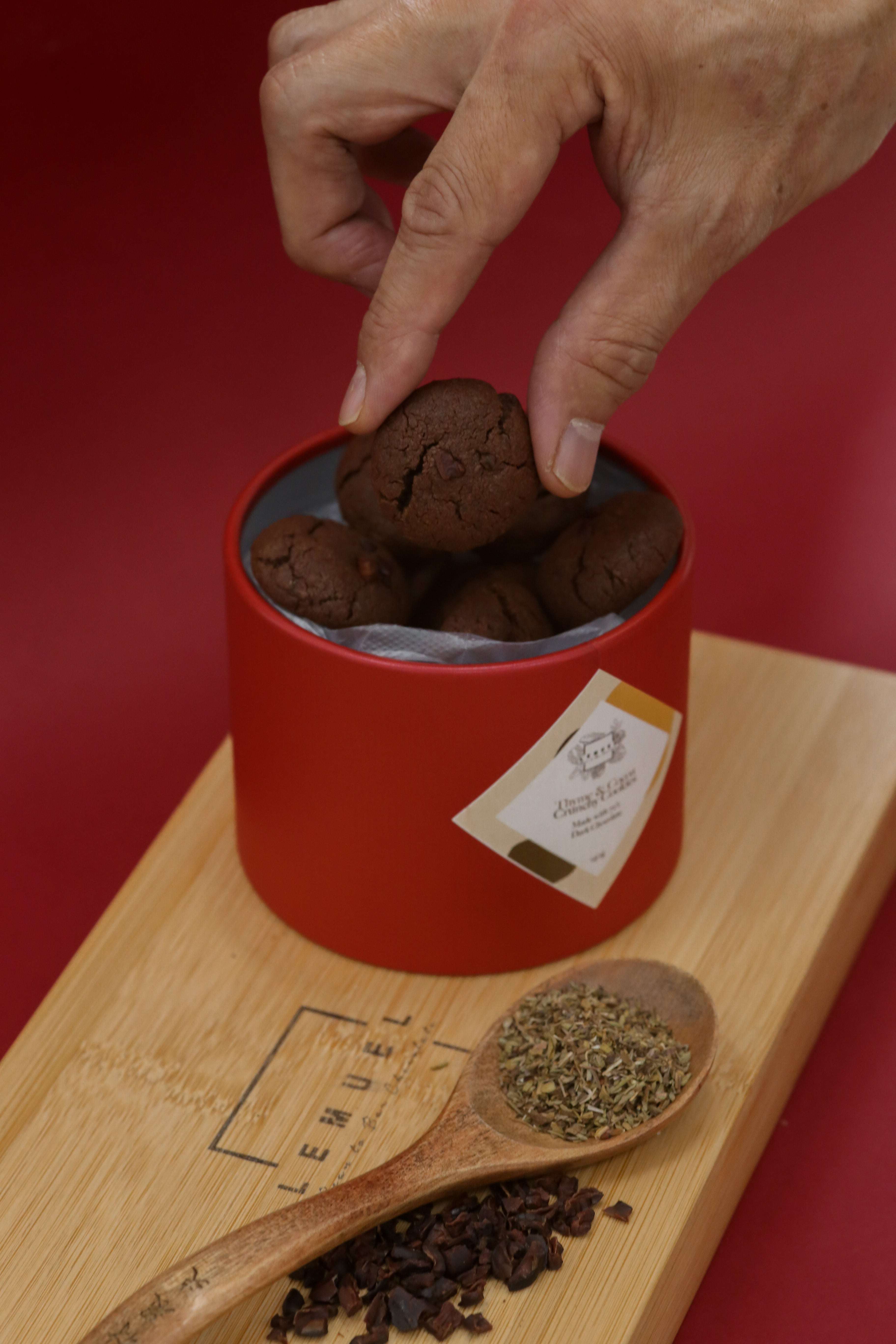 [CNY] Thyme & Cocoa Crunchy Cookies