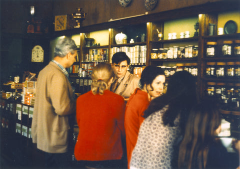 Alfred Peet serving freshly roasted coffee to his customers, introducing them to a new way to enjoy coffee.