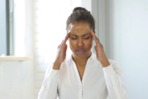 estrogen dominance can cause headaches and hot flashes