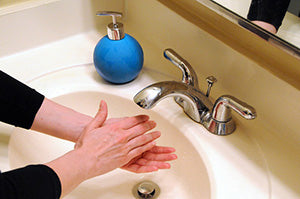 hand washing helps prevent spread of COVID-19
