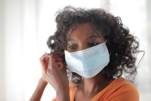 wearing a mask reduces risk of spreading COVID-19