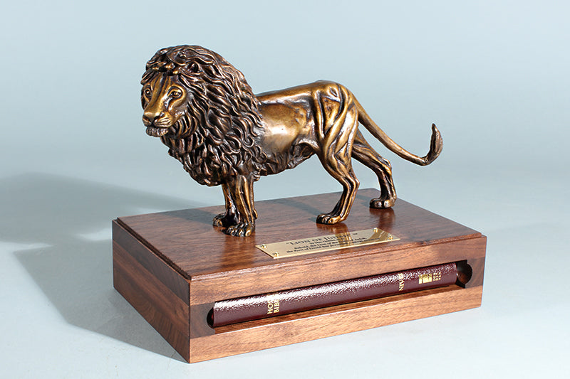 Lion of Judah Bronze 1/12 Life-size Sculpture (with Bible)