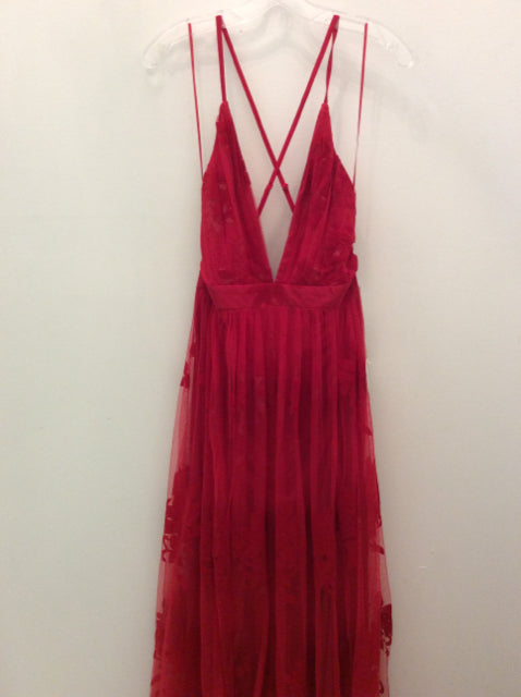 THE RED DRESS BOUTIQUE Size L Dress
