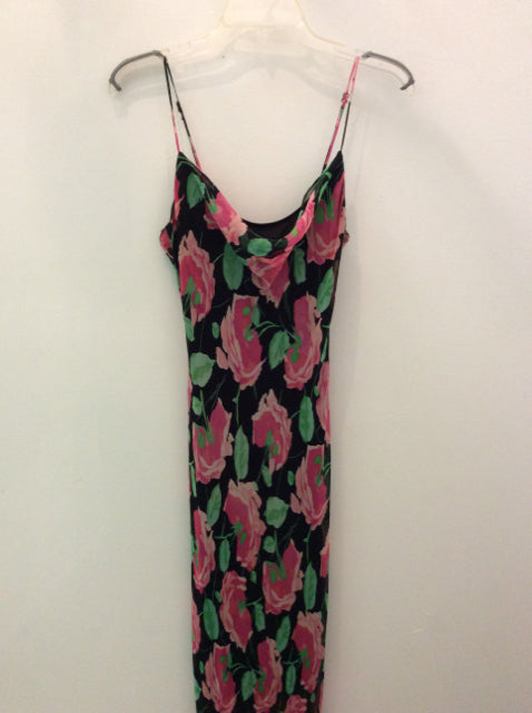 Size M BETSY JOHNSON Dress