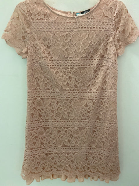 vince camuto Size 4 Dress