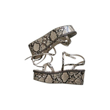 Load image into Gallery viewer, Pre-worn Faux Snakeskin Flatform Sandals - shopcurious