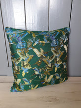 Load image into Gallery viewer, Jaccard Silk Cushion