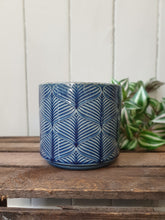 Load image into Gallery viewer, Wave Plant Pot - 2 Sizes