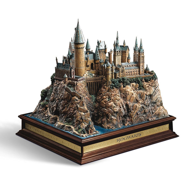 Harry Potter Diorama di Hogwarts Scultura Castello Hogwarts Noble Collection NN7074 (3948337102945)