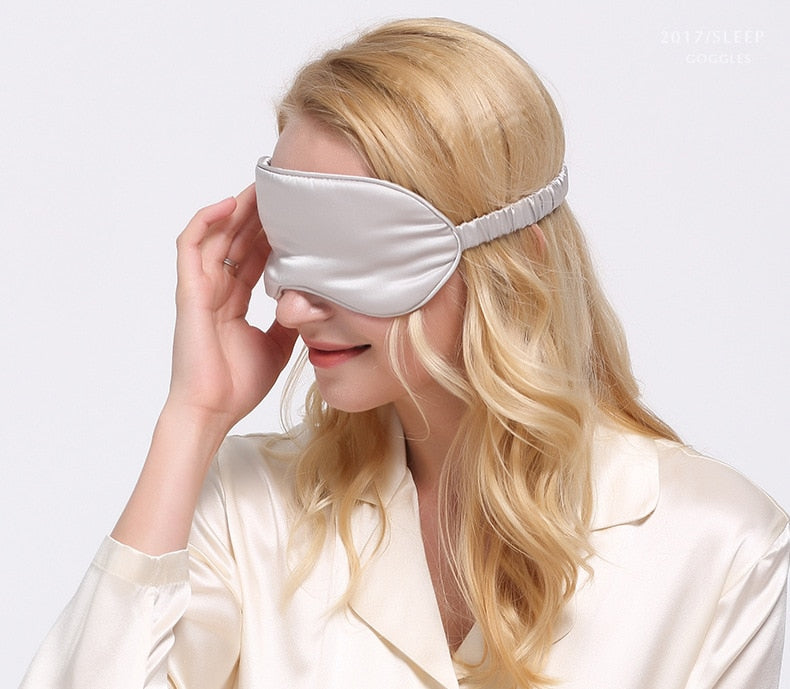 Smooth and Breathable Silk Sleep Eye Mask with Elastic Strap for Travelling Night Sleep