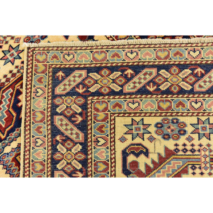 Unique Loom Kazak 2319806 Cream Rug