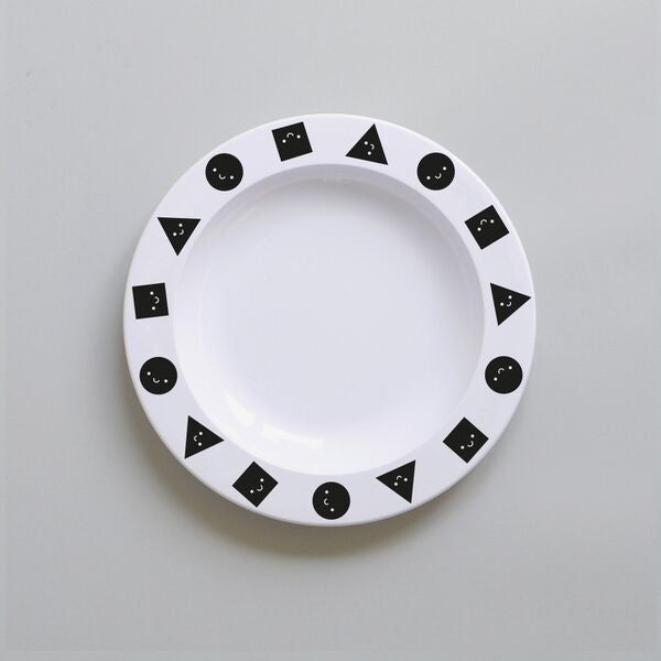 BUDDY AND BEAR - SHAPES MELAMINE PLATE - BLACK - Ivy Cabin