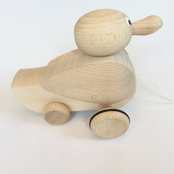 WOODEN PULL ALONG CLACKING DUCK