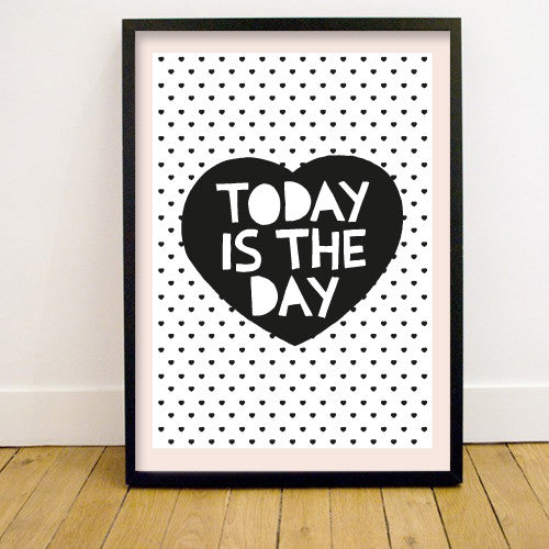 LITTLE MAN HAPPY - HEARTS PRINT 50 X 70 - Ivy Cabin