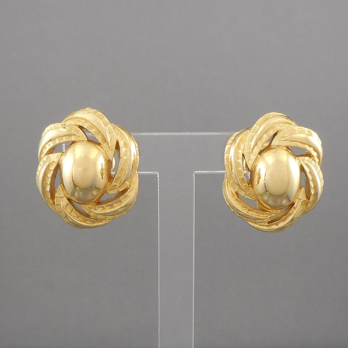Vintage 1960s Oval Knot Design Clip On Earrings by Crown Trifari, Textured Gold Tone  Each approximately 3/4
