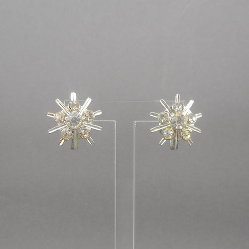 Vintage screw back snowflake earrings, signed NEMO. Circa 1950 with round rhinestones set in silver tone metal, for non pierced ears.   Each approximately 7/8
