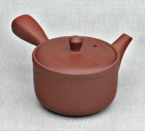Loam-red Teapot with matt finishing
