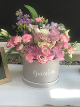 Load image into Gallery viewer, Personalised fresh flower - birthday box