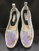Load image into Gallery viewer, GSW-White sequins gold star espadrilles **recommend sizing down one full size**