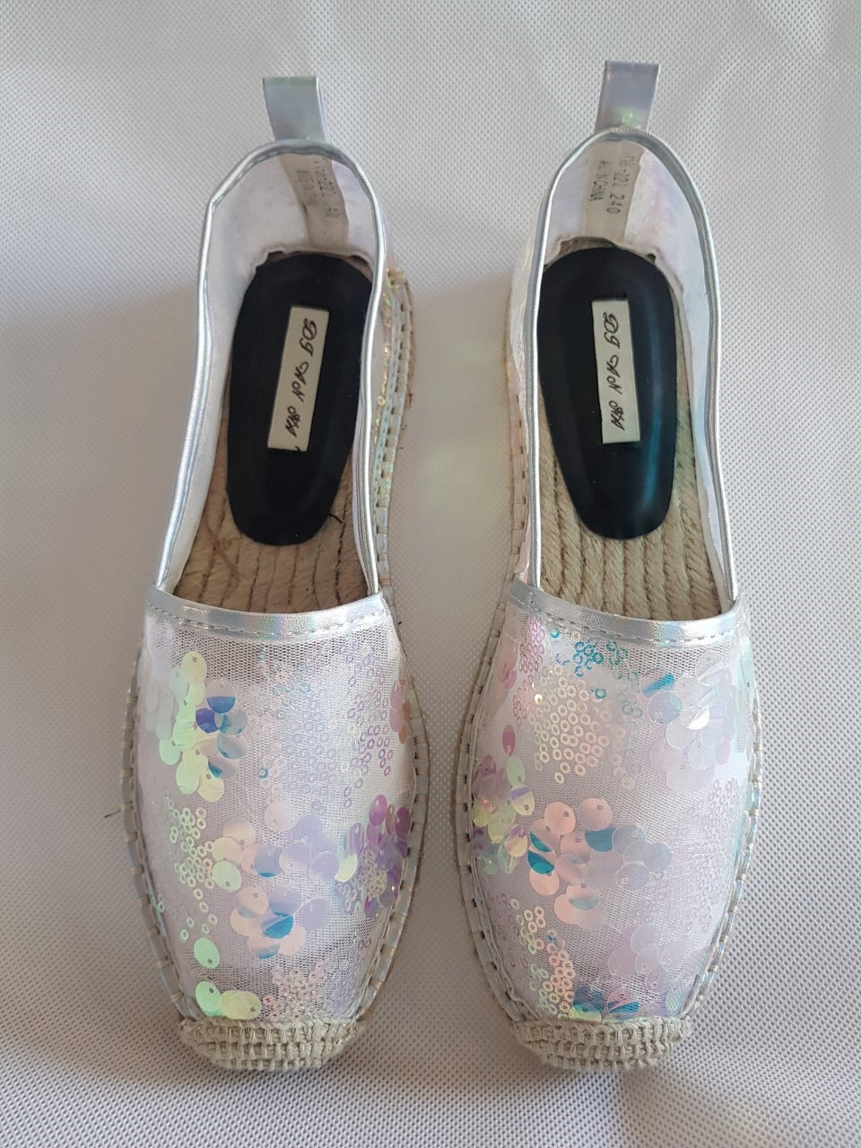 GW-White pearl sequins espadrilles **recommend sizing down one full size**