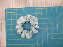 Load image into Gallery viewer, Simple Kimono Scrunchies, Silk Fabric Hair Tie Colorful Flowers
