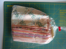 Load image into Gallery viewer, Japanese Vintage Fabric Set Pink Grab Bag