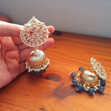 Load image into Gallery viewer, Kundan Matt Jhumkas