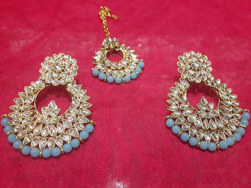 kundan maang tikka earrings set