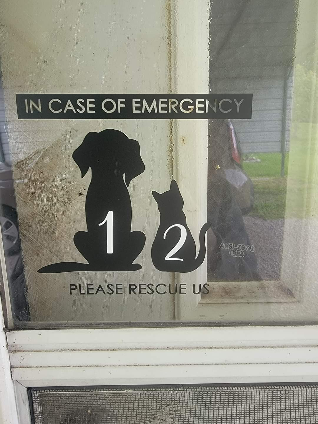 Emergency Window Decal - Dog & Cat