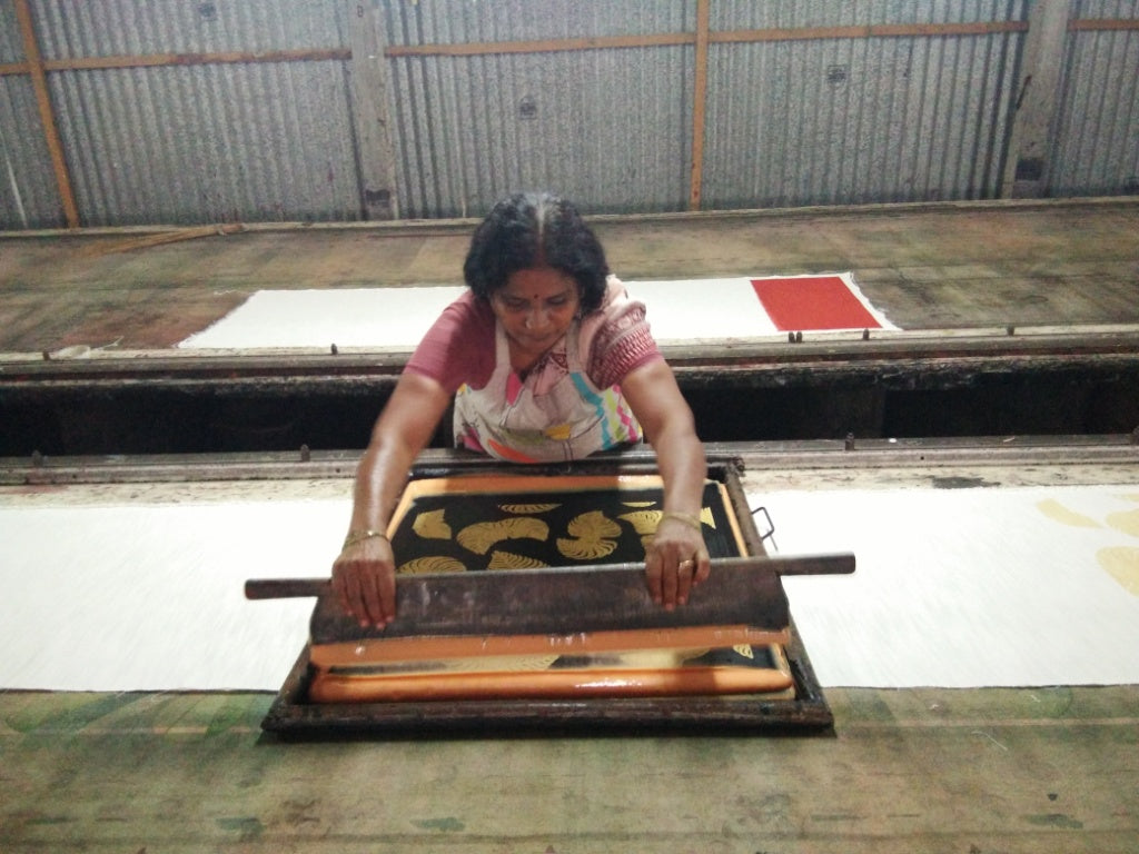 sustainable production - screen printing fabric
